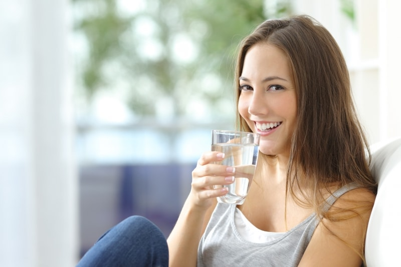 Seltzer and sparkling water contain less sugar