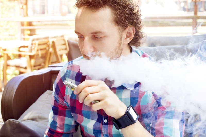 E-cigarettes can damage gums