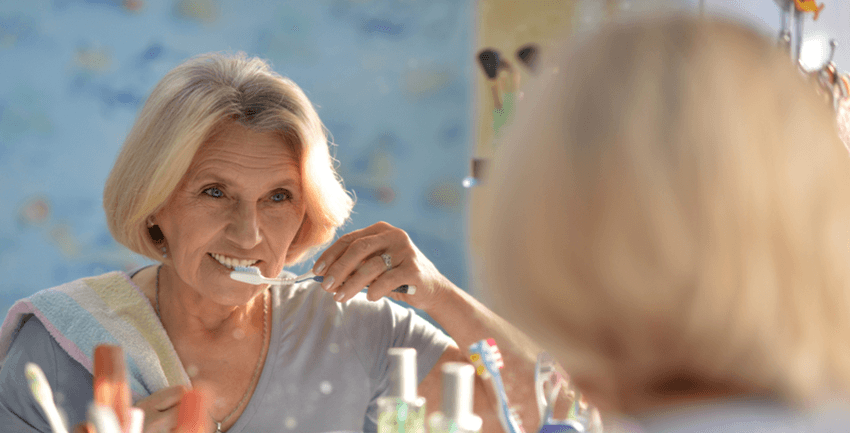 Gum Disease May Spell Cancer for Older Women