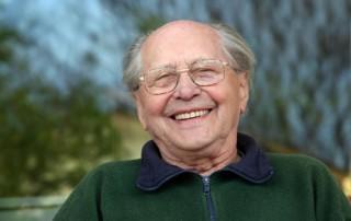 Older Men: Keep An Eye on Oral Health